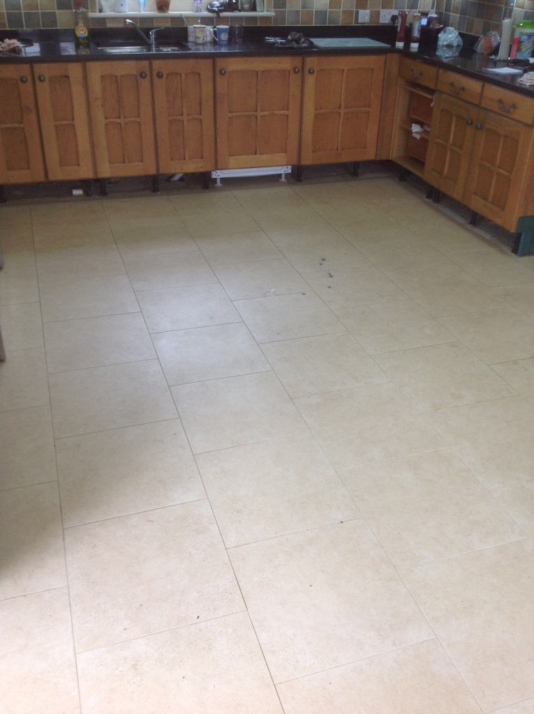 Porcelain Tile Cleaning Gamlingay Before